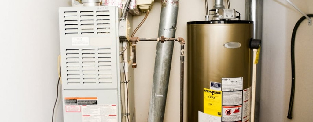 A furnace's efficiency rating (AFUE) tells you how well it uses energy to heat your home!